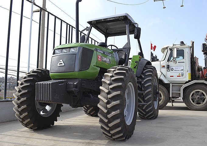 TRACTOR AGRALE BX6150  (USD 50,000  + IGV)
